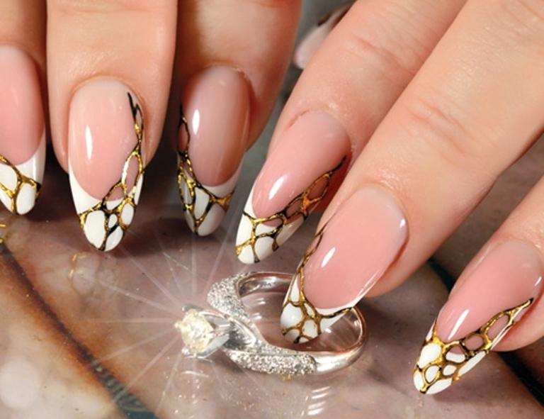 Фото дизайна ногтей с литьем